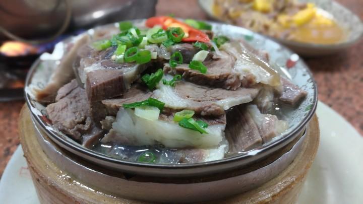 【台南美食】柳營小腳腿羊肉店 – 目前覺得最好吃的國產羊肉店!