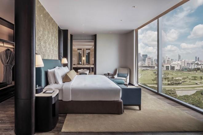 Waldorf Astoria Bangkok_Royal Suite Bedroom_2.jpg