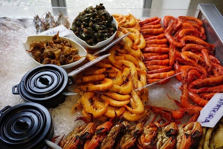 【葡萄牙 Porto】令人對葡式料理刮目相看的波多海鮮餐廳、熱門豬扒包、在地傳統葡式小館,以及5家波多住宿、旅遊資訊整理